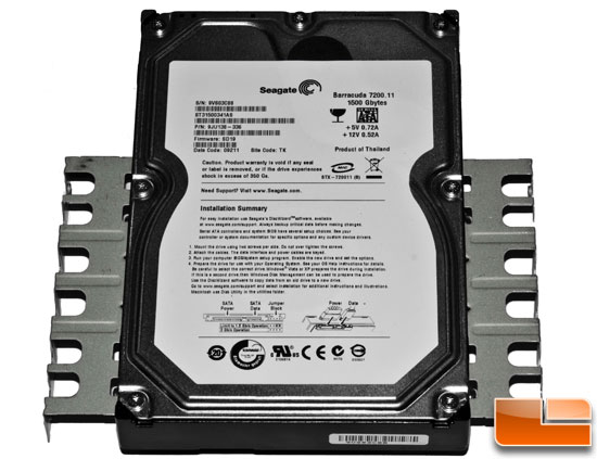 AeroCool Vx-E - HDD With Rails Mounted