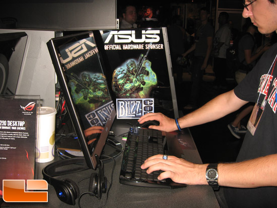 ASUS @ BlizzCon 2009