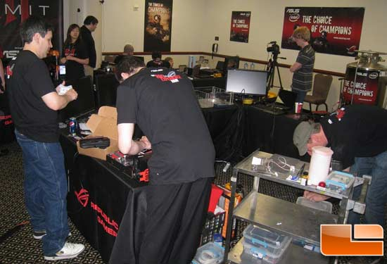 ASUS 3×3 Overclocking Summit – ROG Experience Tour