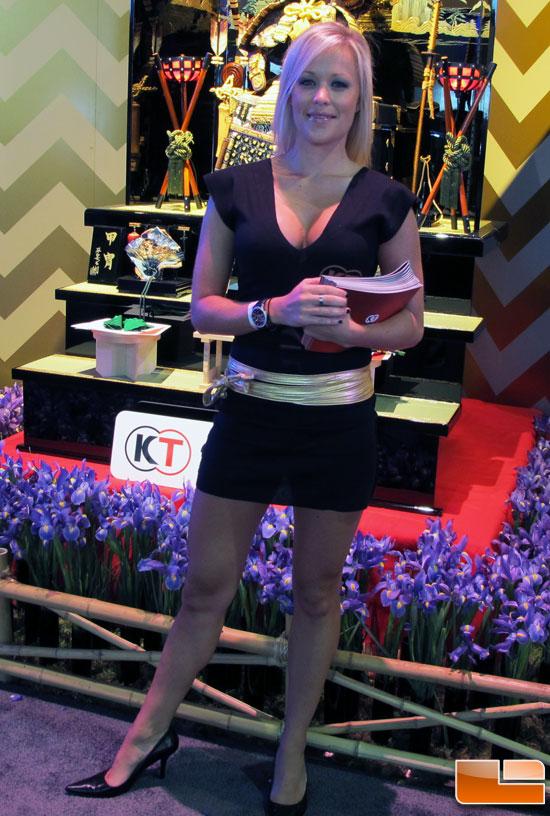 E3 2011 : Booth Babes  E3_booth_babes_22