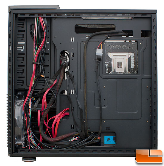 Cable Management of the Cooler Master HAF 932 Black Edition