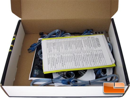 Intel DX58S02 Retail Box and Bundle