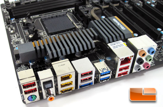 GIGABYTE 990FXA-UD7 Motherboard Layout and Features