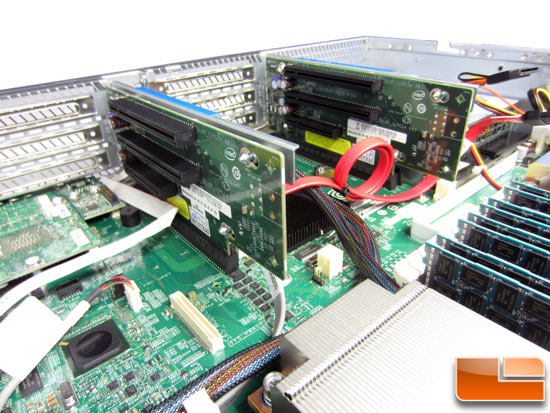 Intel R2000GZ 'Grizzly Pass' PCIe Riser Cards