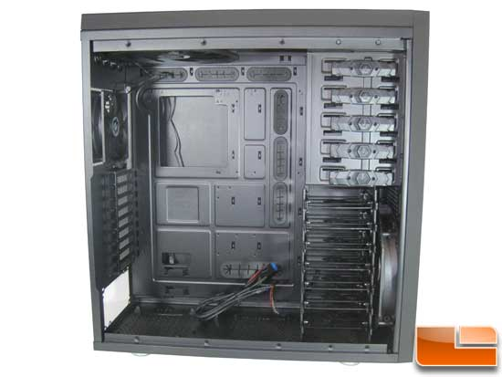 BitFenix Shinobi XL side panel off