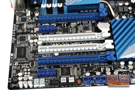 ASUS P9X79 Deluxe PCI-E Expansion Ports