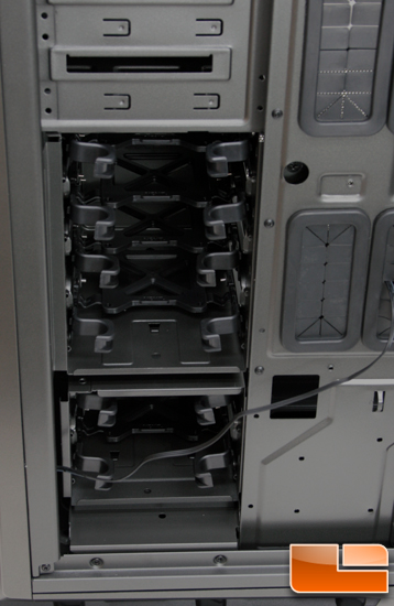 NZXT Phantom 820 HDD trays