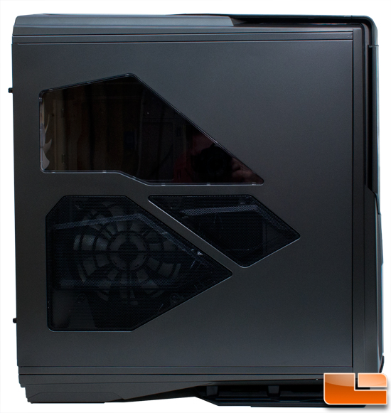 NZXT Phantom 820 left
