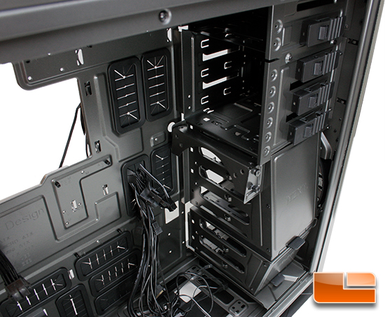 NZXT Phantom 820 drive cage