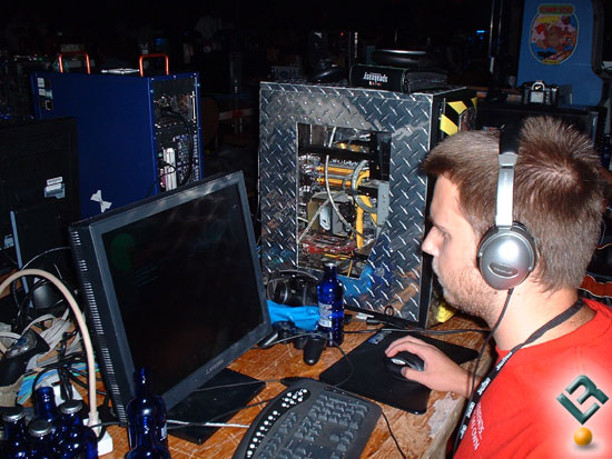 Quakecon 2005 Begins