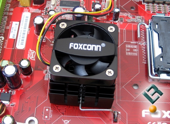 FOXCONN 975X7AB-8EKRS2H Review