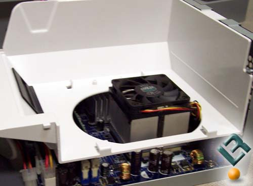 IN WIN Mt Jade Air Chamber with AMD Cooler