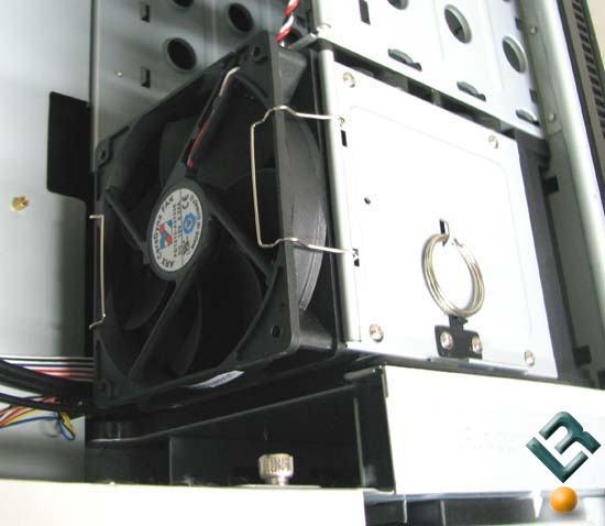 Antec P190 Drive Cage Fan Mounting Option