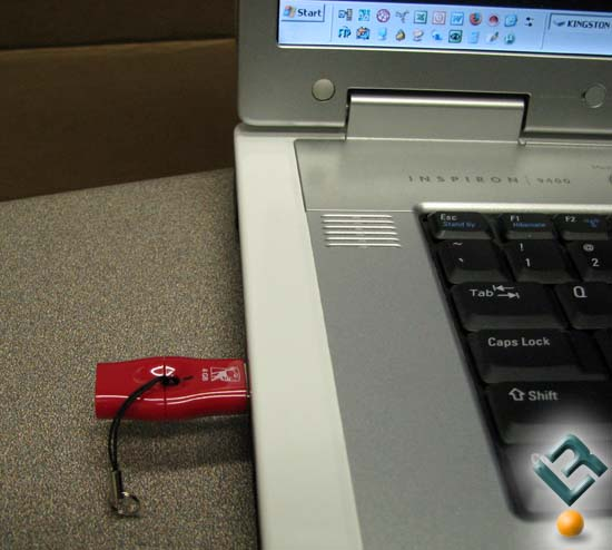Kingston DT Mini Fun plugged into laptop
