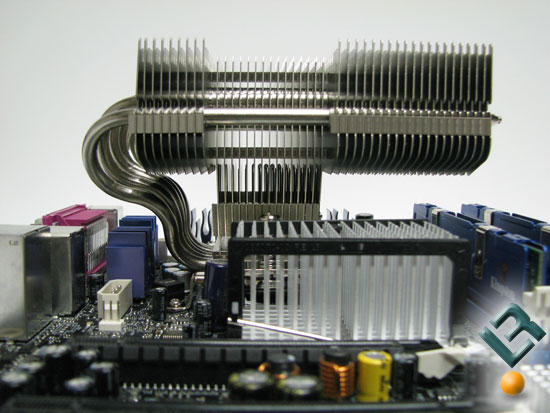 Noctua NH-C12P motherboard clearence