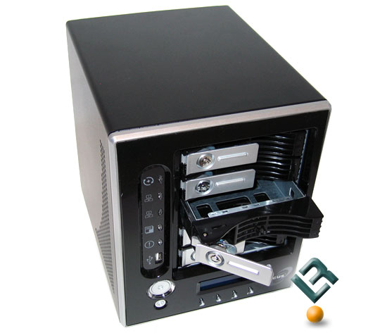 Thecus N5200BR Drive Installation