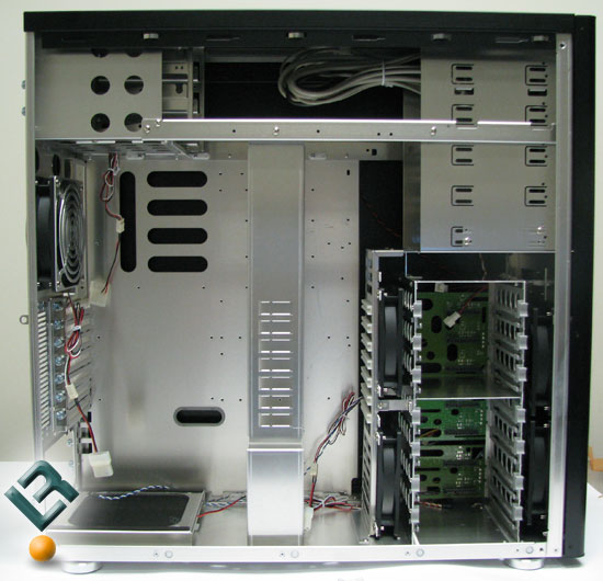 Inside the Lian Li PC-A7010