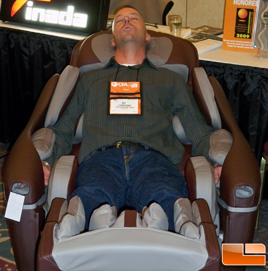 Eric Lanford from CNN in the Inada Sogno Massage Chair
