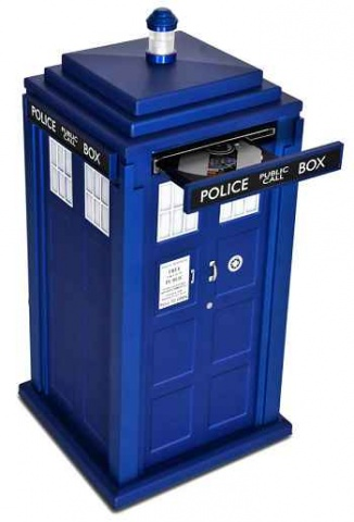 DR Who TARDIS replica PC from Scan Computers