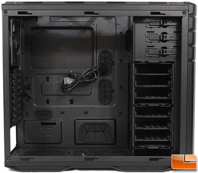 Stacker 935 Mid-Tower Internal