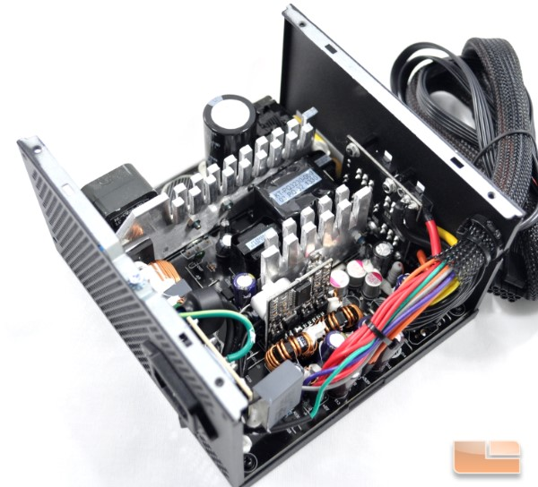 Inside the Corsair CS450M unit
