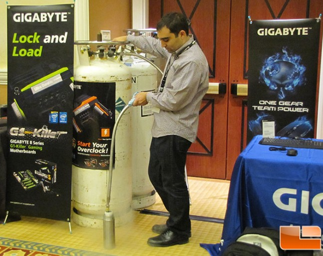 Gigabyte OC Filling LN2