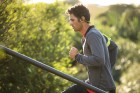 backbeat_fit_male_running_outdoors_20DEC13