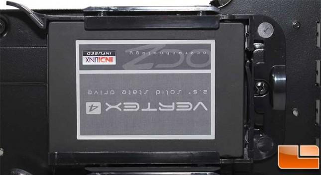 Corsair Obsidian 450D Install 2.5 SSD
