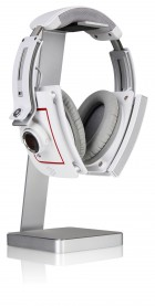 Image2_LXUA2 E-One Aluminum Headset Holder provides the perfect place to keep your precious headphones and gives you the opportunity to place it on display for all to envy