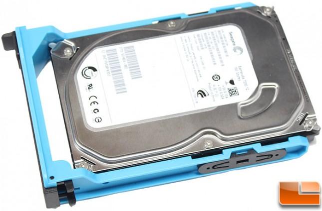Thermaltake-Core-V71-Build-HD-Tray