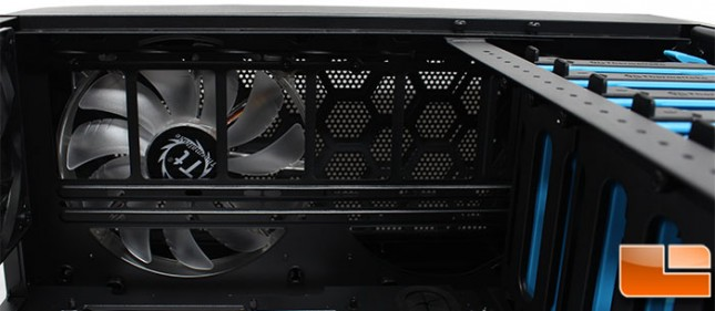 Thermaltake-Core-V71-Internal-Top