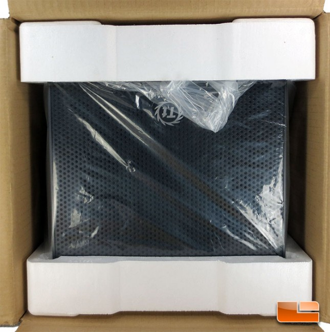 Thermaltake Core V1 mini-ITX Chassis Unboxing
