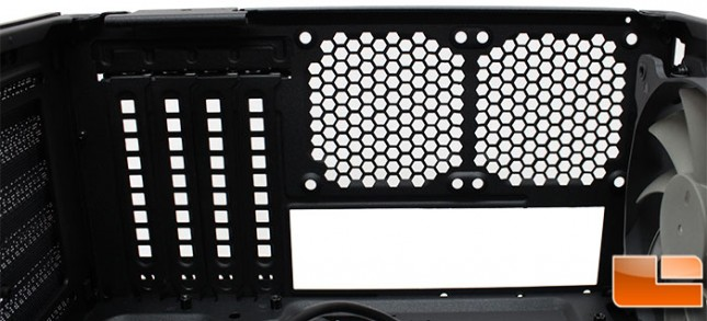 Corsair-Air-240-Internal-MB-Back