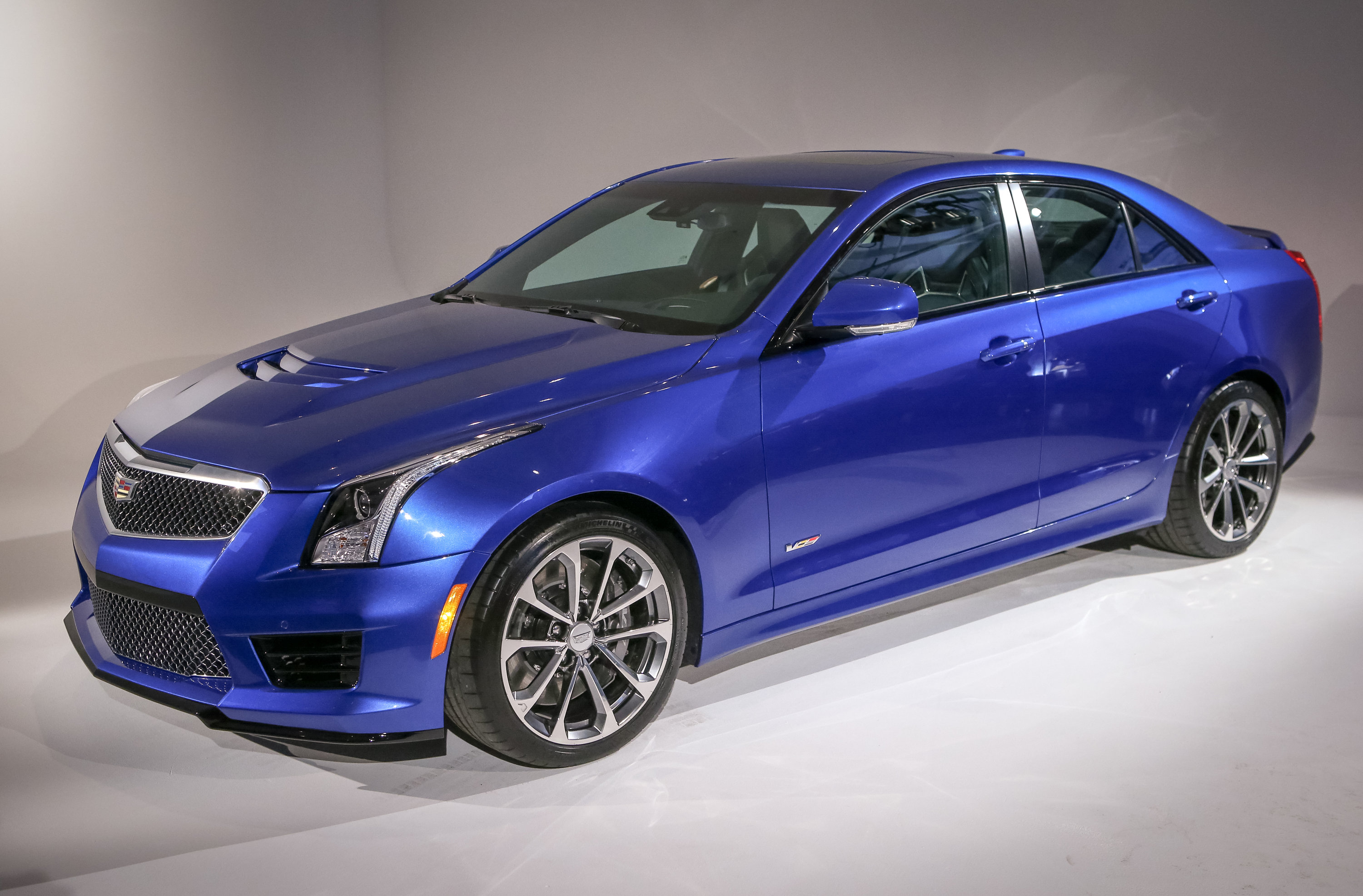 sedan liter xts cts door ats escala news cadillac will replace concept turbo twin autoevolution engine with