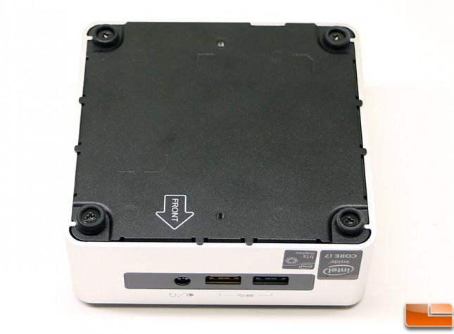 Intel NUC5i7RYH Bottom