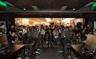 RazerStore Crowd