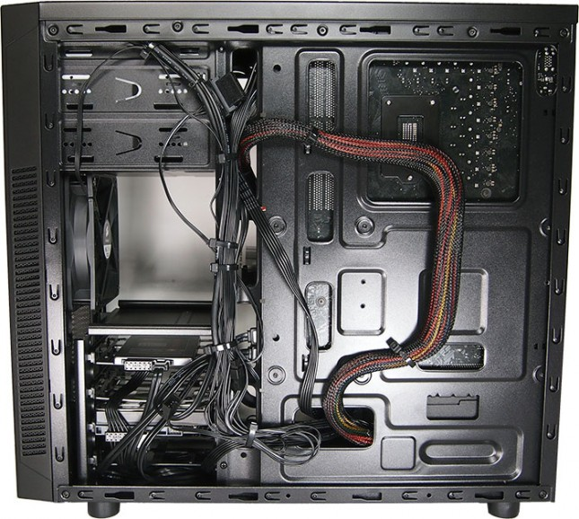 corsair-carbide-100r-system-2