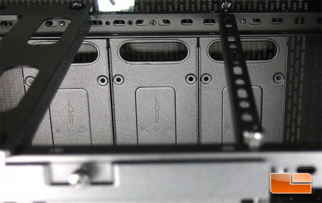 thermaltake-core-x2-inside-4