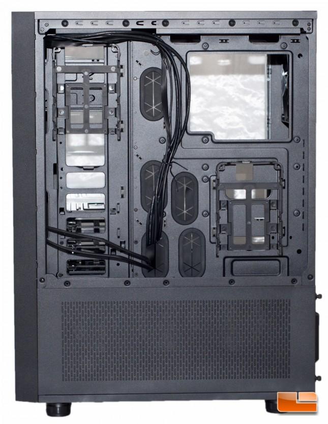 Thermaltake Core X71 - MB Tray