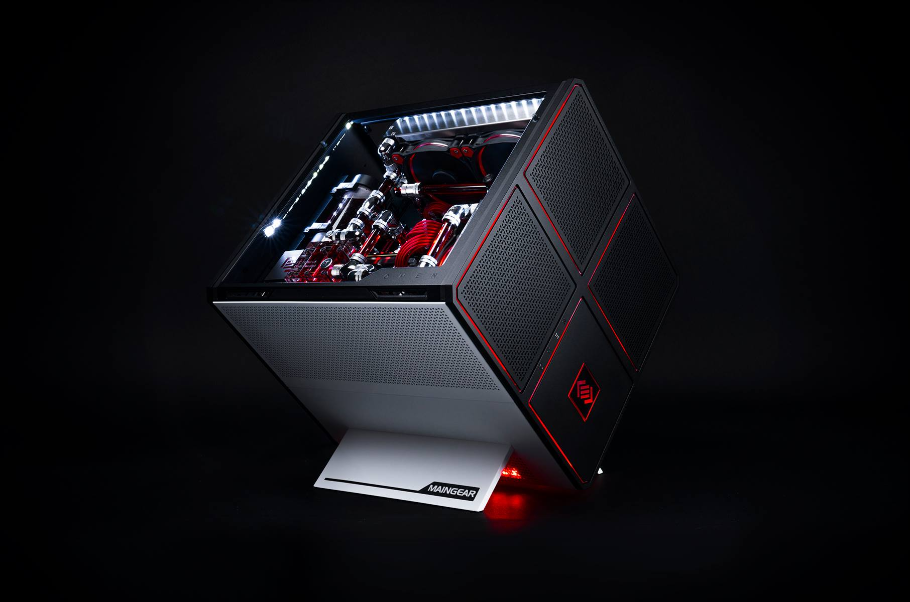 Omen x per desktop by hp hardware con stile for Portent vs omen