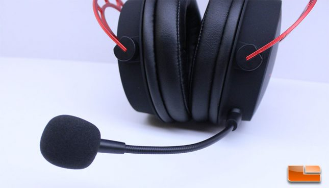 HyperX Cloud Alpha - Microphone Attached