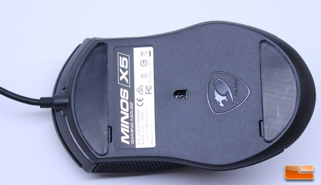 Cougar Minos X5 - Bottom of Mouse