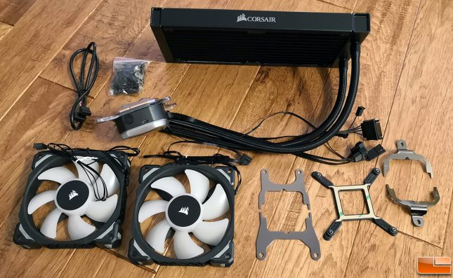 Corsair H100i RGB Platinum Inside Box